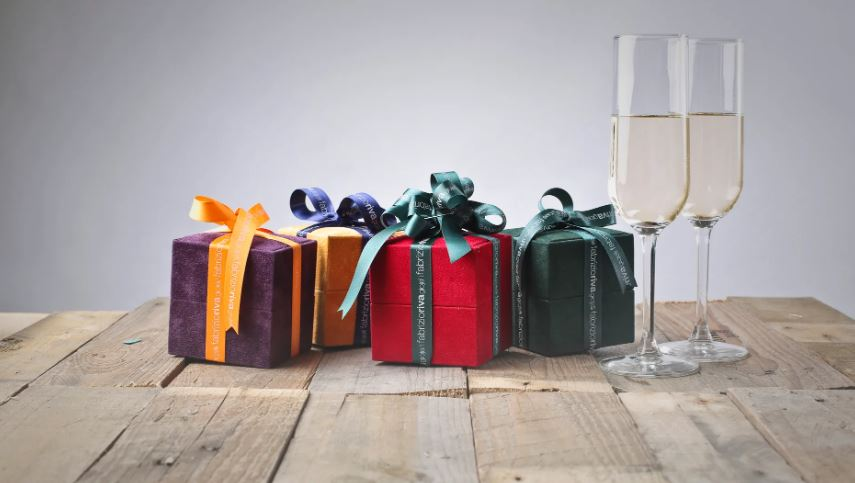 Top 20 Amazing Gifts You Can Buy under 5 Dollar
