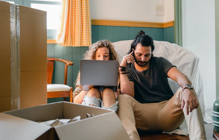 Tips to Survive a Long-Distance Love Relationship